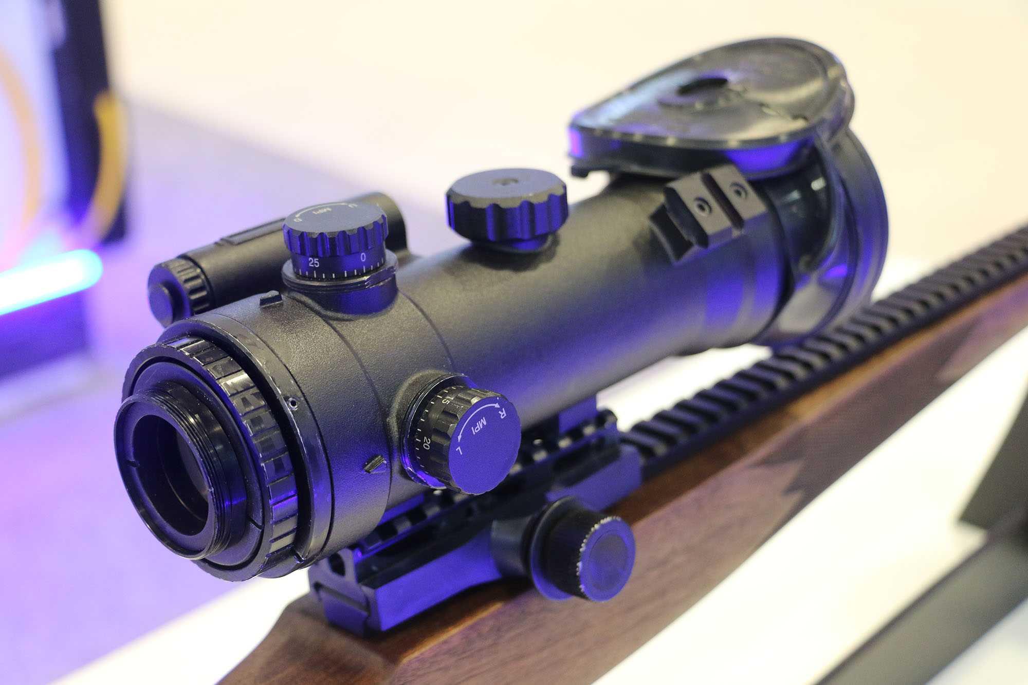 ASELSAN'ın yeni ürettiği ve geliştirdiği optik sistemler